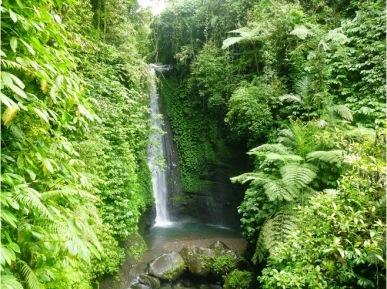 tetebatu-waterfall